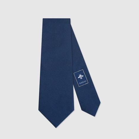 扭结下蛇形真丝领带