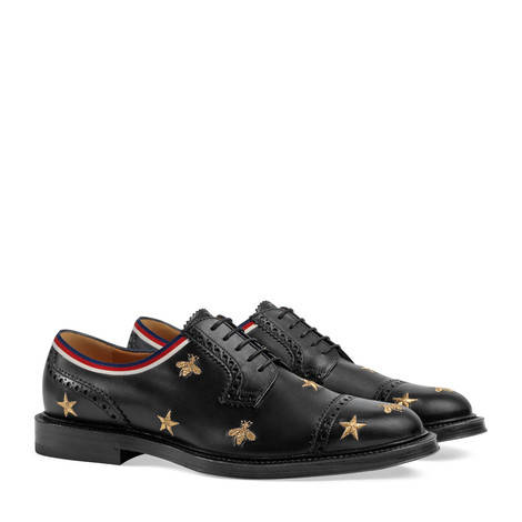 刺绣皮革布洛克鞋