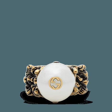 奶油色玻璃珍珠戒指