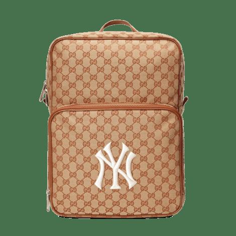 NY Yankees™贴饰中号背包