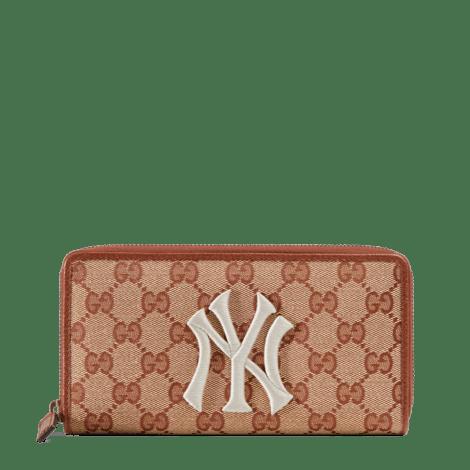 饰New York Yankees™贴饰经典GG全拉链钱包