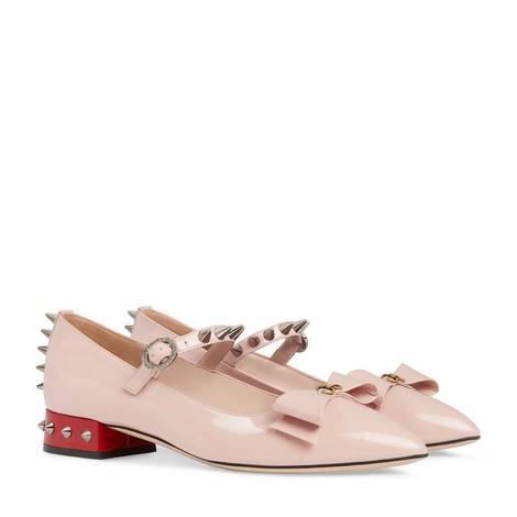 蝴蝶结漆皮平底芭蕾舞鞋