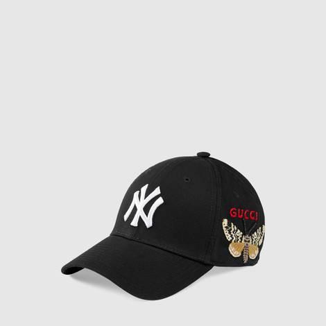 NY Yankees™贴饰棒球帽