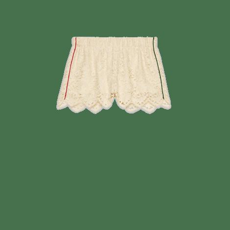 花朵蕾丝短裤
