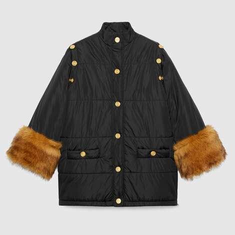 可拆卸衣袖尼龙夹克