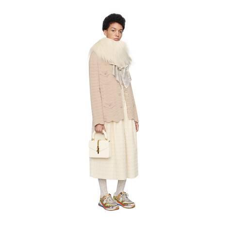超大造型羊毛钩织开衫