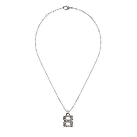 """字母""""B""""银项链"""