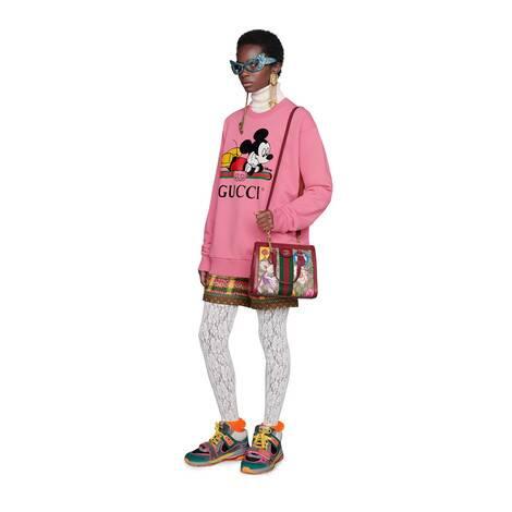 Disney x Gucci超大造型卫衣