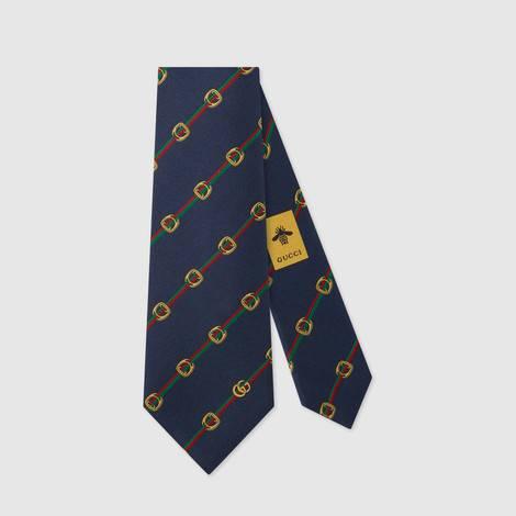 马镫和织带印花真丝领带