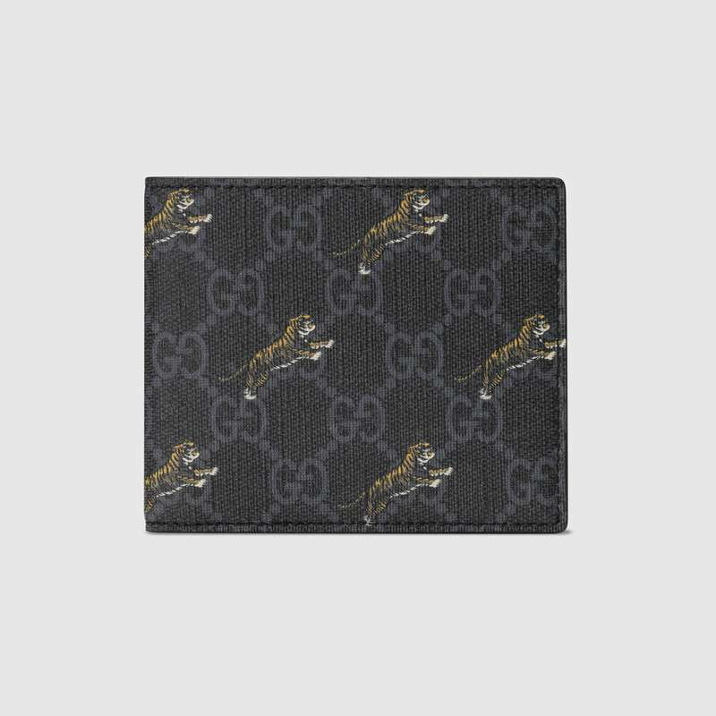 c7f696f39b31 Gucci Gg Wallet With Tiger Print In Black. SIZE & FIT INFORMATION