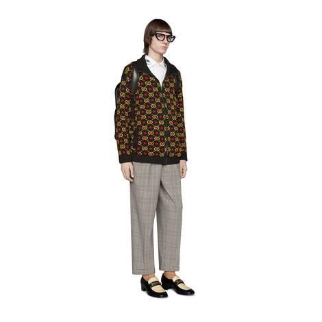 刺绣衣领棉质衬衫