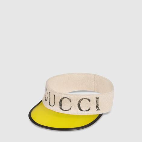 饰 Gucci 标识乙烯基遮阳帽