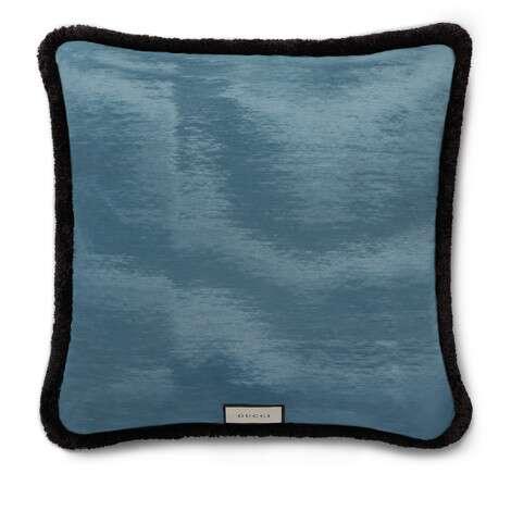 饰蝴蝶格纹羊毛靠垫