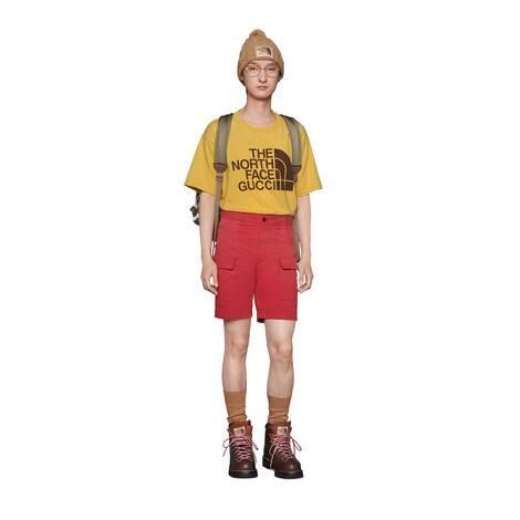 The North Face x Gucci聯名系列超大造型T恤