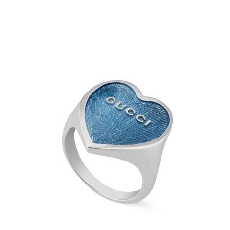 Gucci珐琅爱心戒指