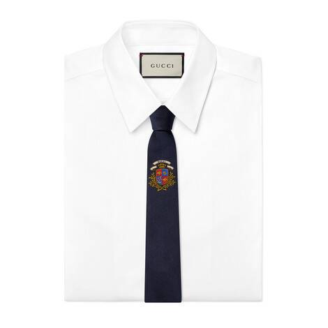 Gucci 结下徽章真丝领带