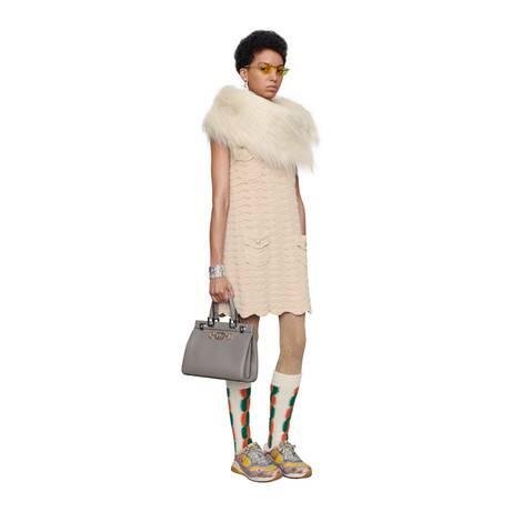 羊毛钩织连衣裙